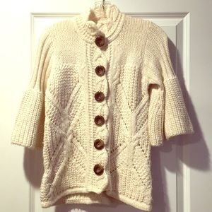 Cream 3/4 wide-sleeved sweater